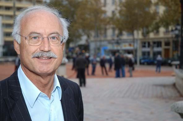 Vente d'alcool interdite après 22h à Lyon : Touraine « veut tarir la source »