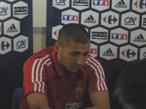 Karim Benzema soutenu par le Real Madrid