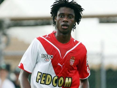 L'OL et l'OM se battent pour Nicolas Nkoulou