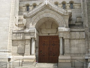 L'église de l'Immaculée-Conception à Caluire est fermée aux fidèles