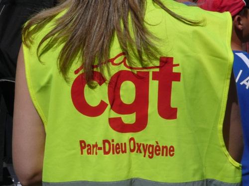 La CGT s'invite à Go Sport