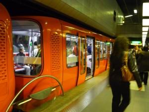 La ligne de métro D interrompue pendant 40 minutes lundi matin