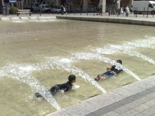 Le Rhône toujours en alerte canicule