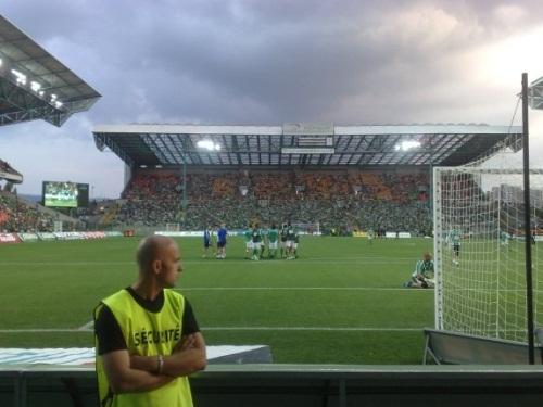 Le Stade Geoffroy Guichard s'enfonce !