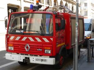 Exclusif : Les pompiers du Rhône manifestent à Lyon