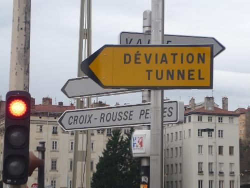 Les travaux du tunnel de la Croix-Rousse modifient le trajet de la ligne 36