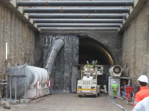 Premier tir de mine sous le tunnel de la Croix-Rousse côté Rhône