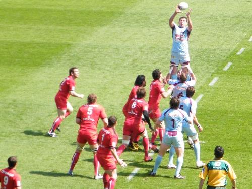 Rugby : Bourgoin ouvre son compteur en Top 14