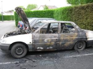 Trois voitures incendiées en Isère