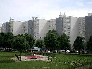 Un centre commercial d'appoint pour les habitants de Vénissieux
