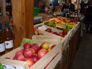 Un marché à Décines le jeudi après-midi