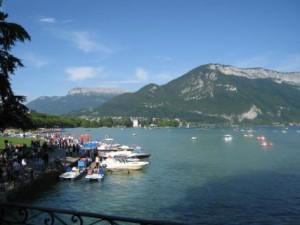 Un rhodanien porté disparu dans le lac d'Annecy