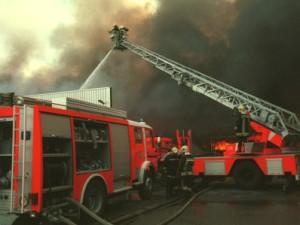 Un violent incendie ce matin à Bourg-de-Thizy