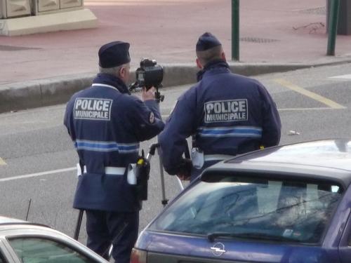 Une Ferrari affole le compteur des gendarmes de Dardilly