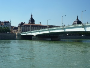 Une fuite toxique sur le Rhône