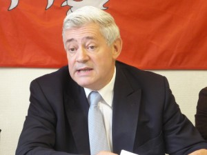 Le Parlement européen lève l'immunité d'eurodéputé de Bruno Gollnisch