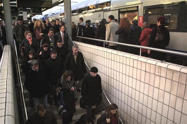 Agression d'un contrôleur SNCF: trafic très perturbé en Rhône-Alpes
