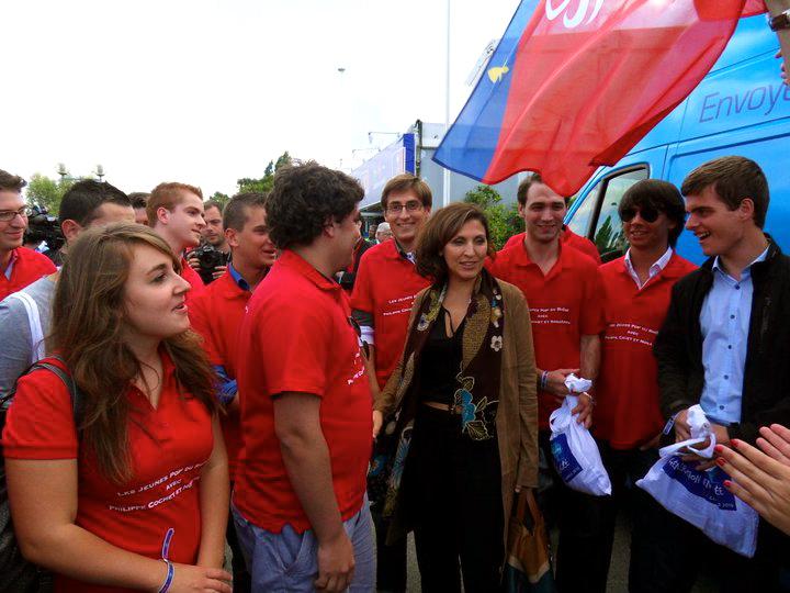 600 militants de l'UMP du Rhône passent un dimanche à la campagne