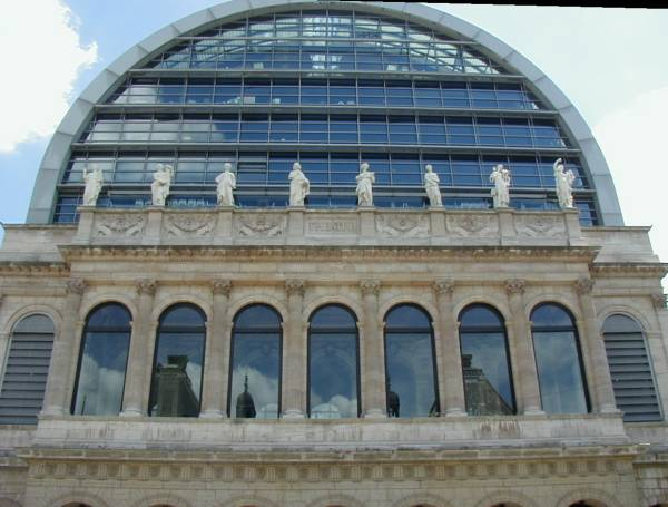 L'Opéra de Lyon fait son bal