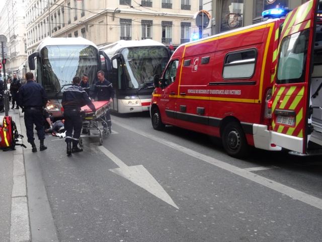 Lyon : un piéton renversé par un bus dans le 1e arrondissement