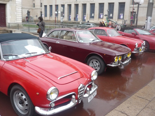 Epoqu'Auto célèbre Alfa Romeo... et la R5