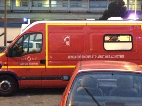 Vaulx-en-Velin : mise en examen de l'ado de 16 ans qui avait percuté un bus en voiture