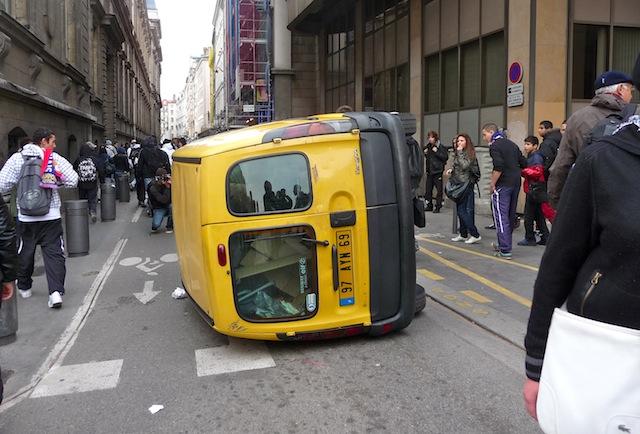 La justice continue d'examiner les violences urbaines commises à Lyon
