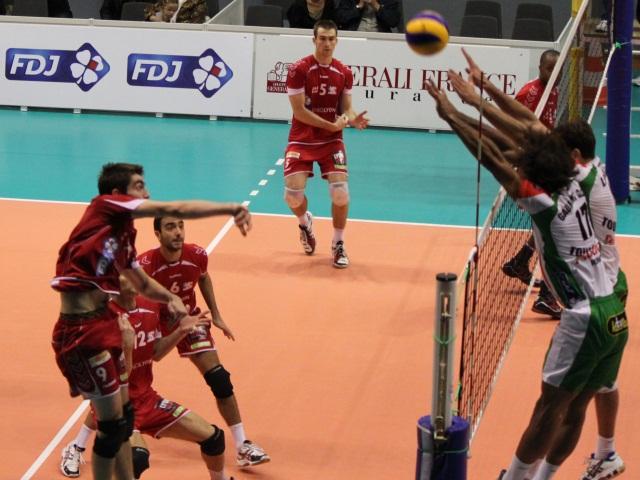 Finale aller des play-offs : l'ASUL Lyon Volley s'impose face à Asnières (3-2)