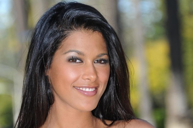 Ayem Nour cambriolée : un préjudice estimé à 1,5 million d'euros !