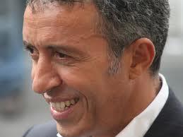 Azouz Begag candidat aux législatives à Lyon
