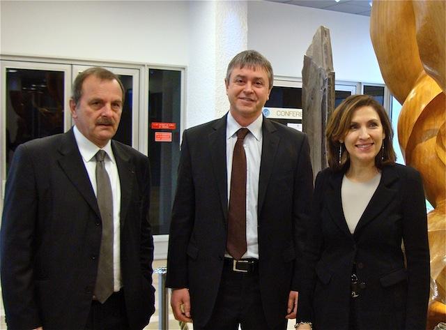 Nora Berra a visité vendredi le centre international de la recherche sur le cancer à Lyon