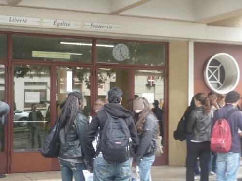 Les enseignants du lycée Diderot tirent la sonnette d'alarme