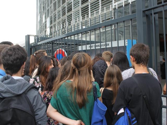 Des collégiens du Rhône équipés de tablettes numériques