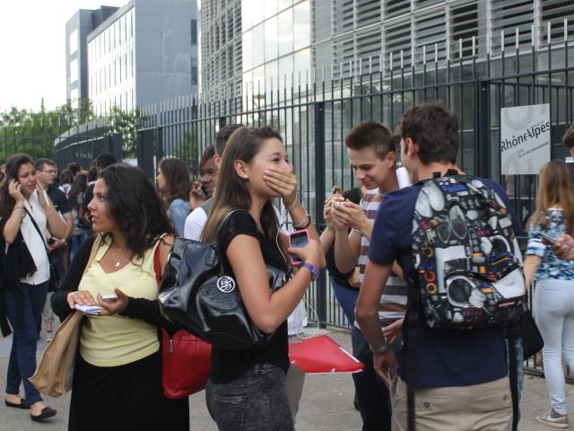 Résultats définitifs du baccalauréat 2015 : 28 466 bacheliers dans l'académie de Lyon