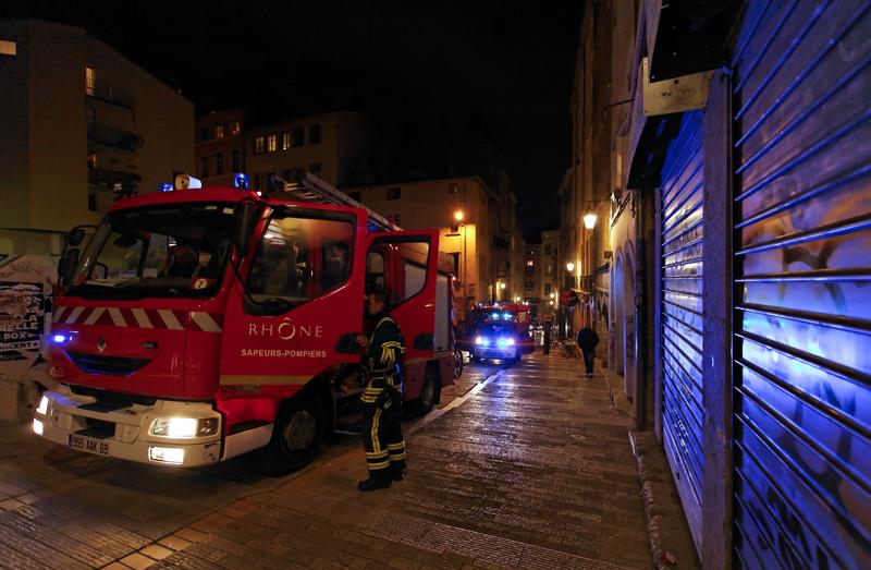 Lyon : une femme de 55 ans fait une chute du 4e étage