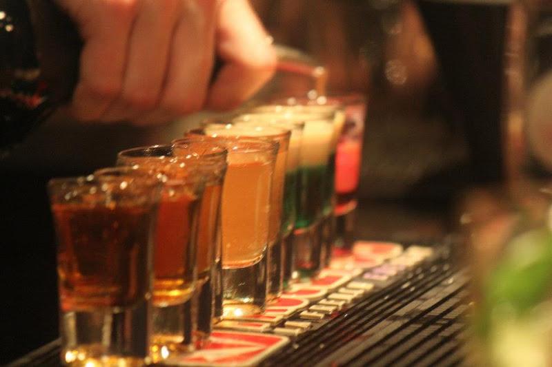 Lyon: les bars vont bien fermer dès samedi, pour 15 jours minimum