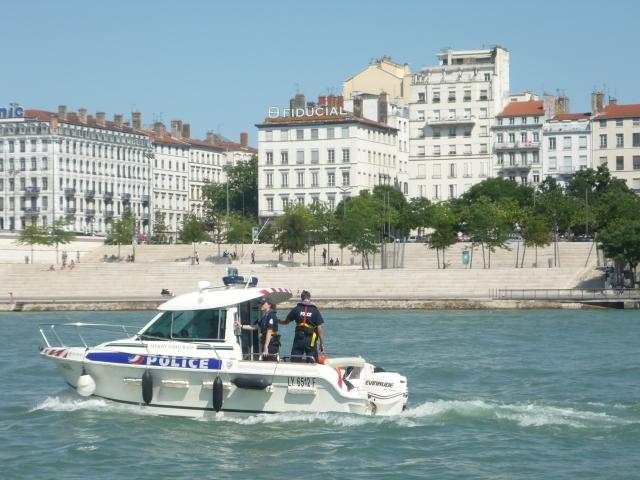 Lyon : l'homme disparu lundi dans le Rhône a été repêché