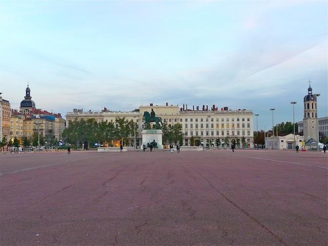 Lyon propose un tour du monde ce week-end sur la place Bellecour