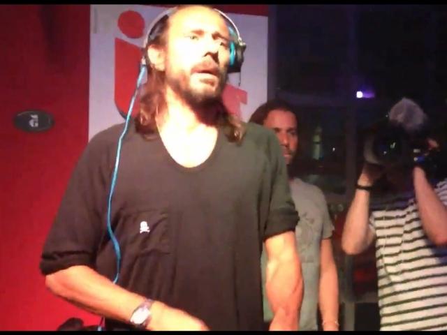 Capture d'écran de la soirée avec Bob Sinclar, Rue Le Bec - Photo Youtube