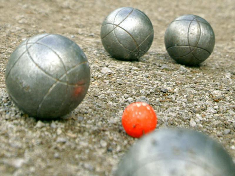 La 101e dition du tournoi de boules lyonnaises de pentec te s ouvre ce samedi - Comment tenir une boule de petanque ...