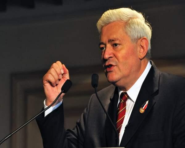 Municipales 2014 : Bruno Gollnisch décline Nice