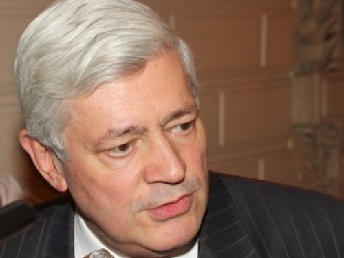 Législatives : Gollnisch bon dernier au second tour dans le Var