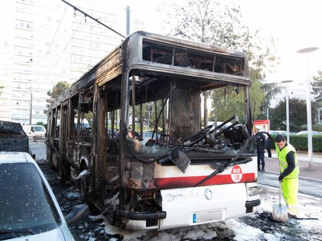 Un incident technique provoque un incendie dans un bus TCL