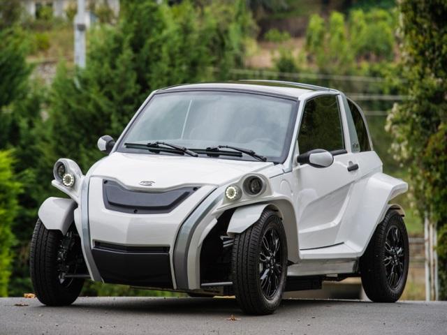 La société lyonnaise Courb lance sa voiture électrique C-Zen ce mardi