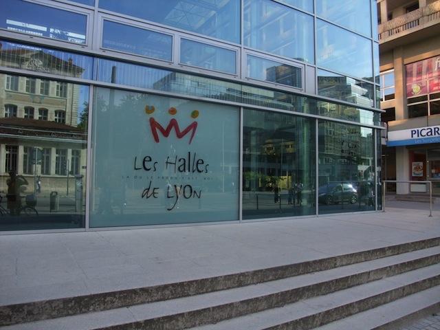 Compromis trouvé entre commerçants des Halles de Lyon et municipalité