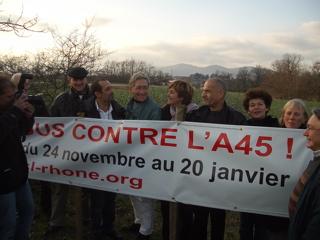 Les recours des opposants à l'A45 examinés mercredi