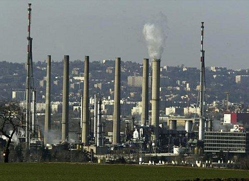 Dernier bilan après la fuite de dioxyde de soufre, mercredi dernier, à la raffinerie de Feyzin - Lyon Mag