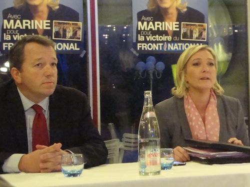 Au centre, Béatrice Vessiller, en compagnie d'Eva Joly et de Jean-Claude Ray (candidat EELV sur Villeurbanne-Nord)