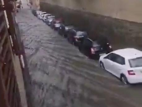 Violent orage à Lyon : des inondations constatées, notamment à Oullins