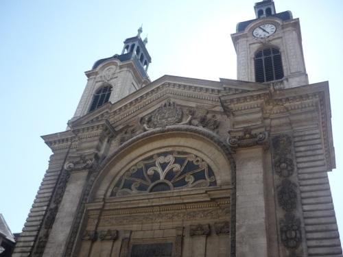 Près de Lyon, une chapelle a été reconvertie... en hangar municipal